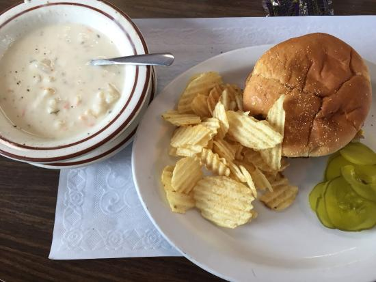 Bruce Crossing, MI: Burger and fries, cream of cauliflower soup