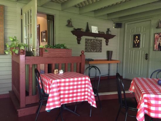 New Buffalo, MI: cosy indoor/outdoor room