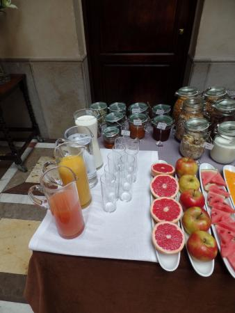 Hotel Copernicus: Breakfast Buffet