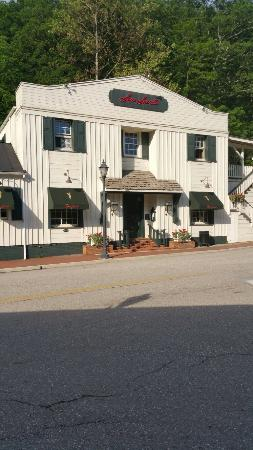 Sam Snead's Tavern: 20160603_180422_large.jpg