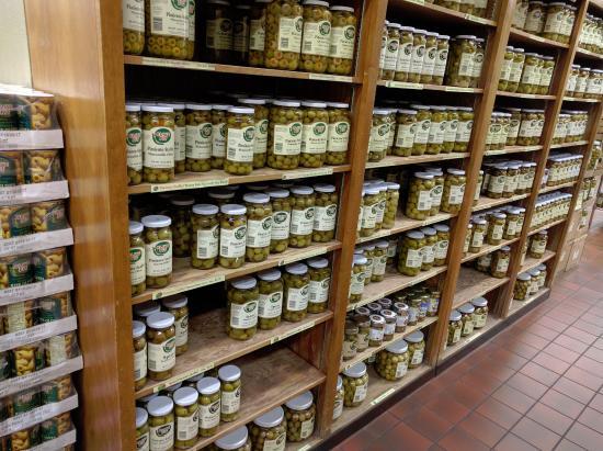 คอร์นนิง, แคลิฟอร์เนีย: Even more olives