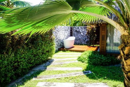 Hotel Kia Ora Resort U0026 Spa: Outside Bathtub