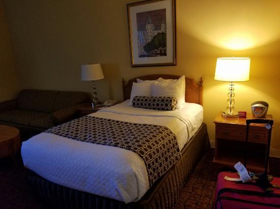 Crowne Plaza Hotel Madison: 20160604_181203_large.jpg