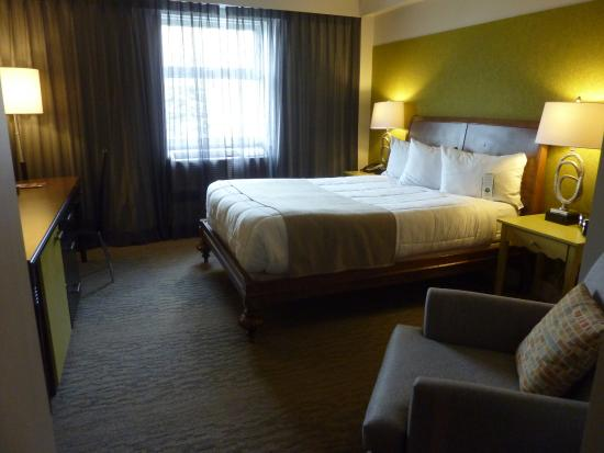 Le Champlain Hotel: superior double (room 26, stayed in May)