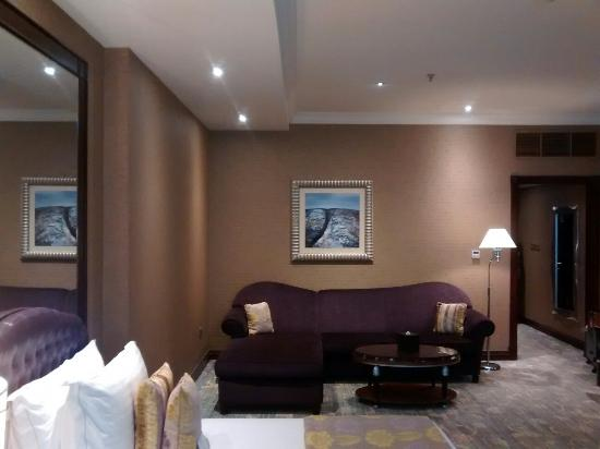 Wyndham Grand Regency Doha: IMG_20160531_054111331_large.jpg