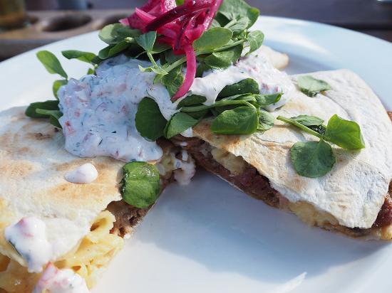 Lobethal Bierhaus: Pulled pork with mac cheese quesadilla