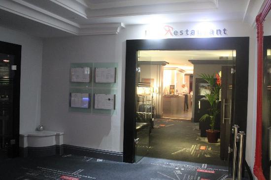 BEST WESTERN Paris CDG Airport: レストランの入口