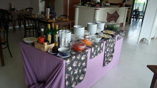 San Giusto Canavese, Италия: Tutti i giorni a pranzo buffet con verdure fresche al vapore e grigliate