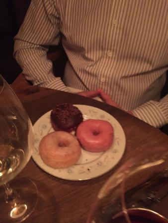 Pound Ridge, نيويورك: Fresh donuts