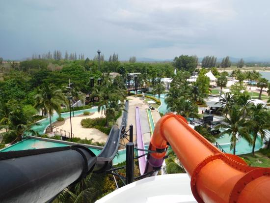 20160413_200401_large.jpg - Picture of Black Mountain Water Park, Hua Hin - T...