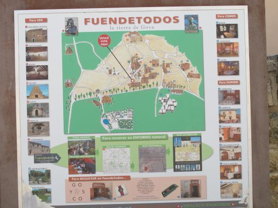 Fuendetodos, Espanha: Plano Guía de este pueblo con encanto