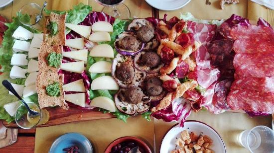 Casa Vela Wine Bar