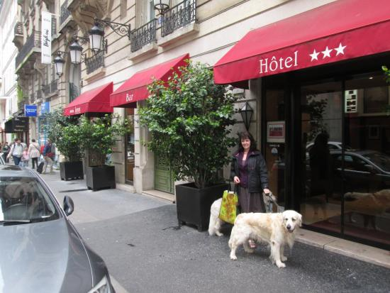 front of hotel picture of lenox montparnasse paris tripadvisor rh tripadvisor com