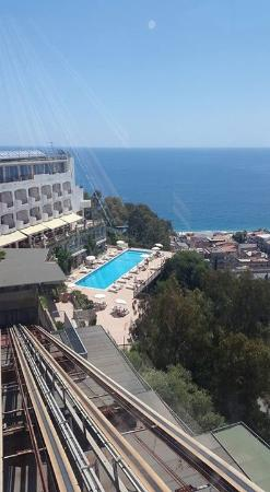 Hotel Antares: Lower pool