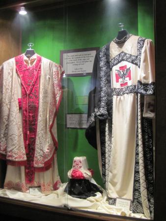 Guthrie Scottish Rite: Ceremonial wardrobe