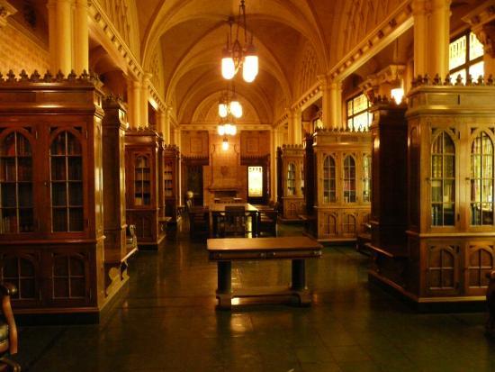Guthrie, OK: Fabulous library
