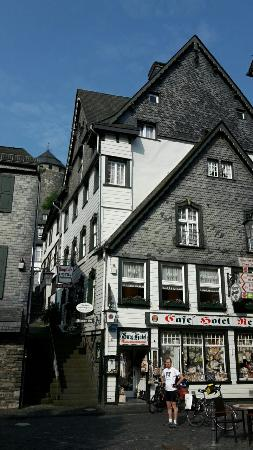 Burghotel Monschau: 20160605_092409_large.jpg