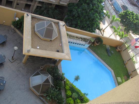 Hotel Alvalade: Piscina dell'hotel