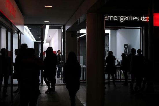 Galeria Emergentes dst
