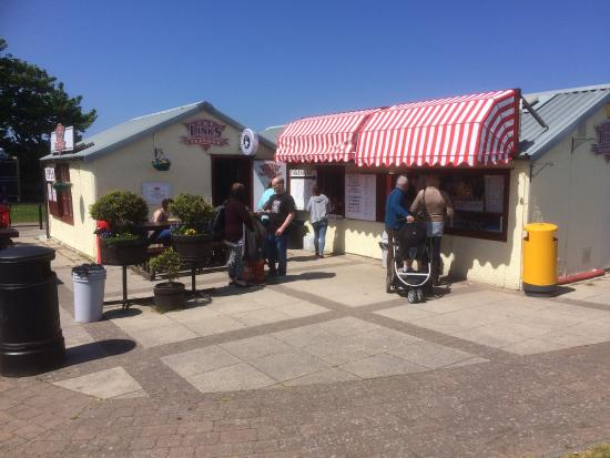 The Links TeaRoom: Nice sunny day at the beach!