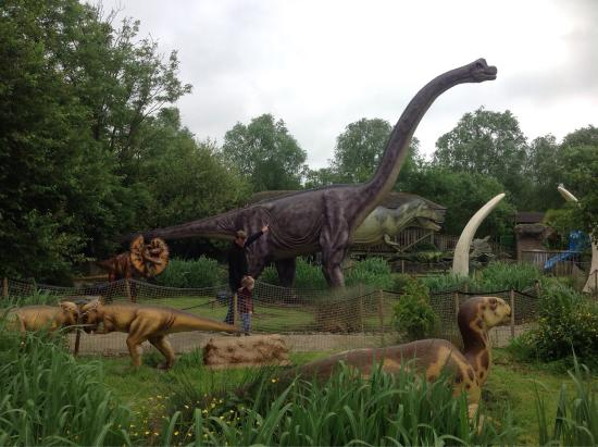 Gullivers Dinosaur and Farm Park