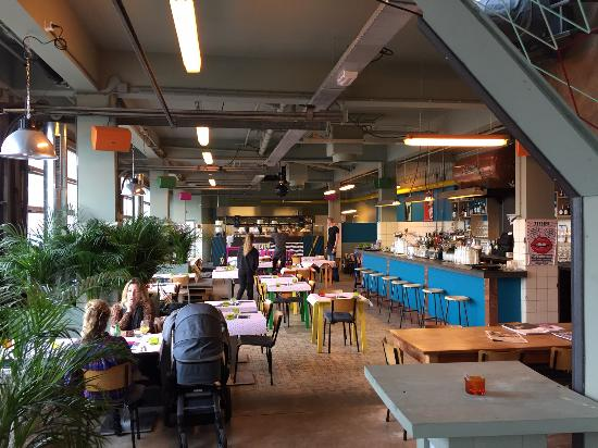 Photo of Italian Restaurant Atelier at Valschermkade 16a, Amsterdam 1059CD, Netherlands