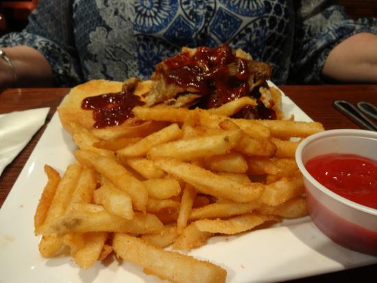 Alumni House Sports Grill: Pulled pork sandwich with fries