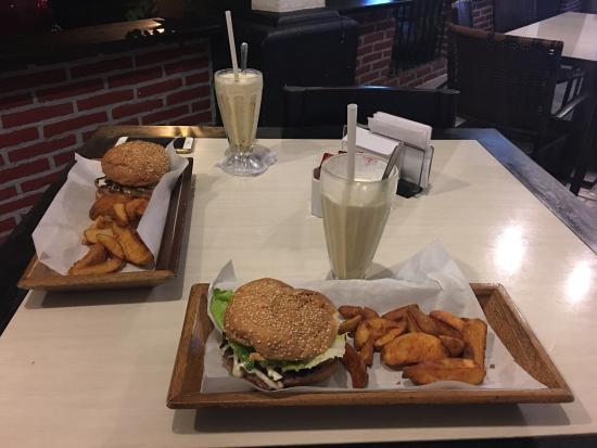 West Park Cafè: photo0.jpg