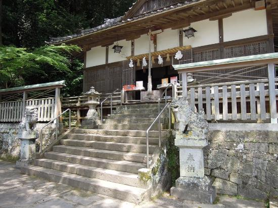 ‪Kumano Sansho Shrine‬