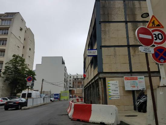 Hotel Etoile Saint-Honoré: 20160529_154344_large.jpg