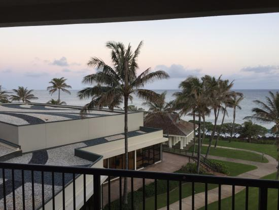 "Kahuku, HI: Does this looks like Deluxe ocean view room defined as ""'breathtaking panoramic ocean view""."