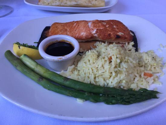 Landry's Seafood : Cedar Plank Salmon