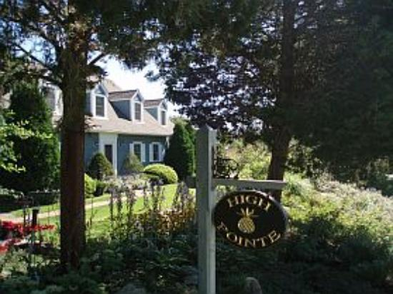 West Barnstable, MA : High Pointe Inn