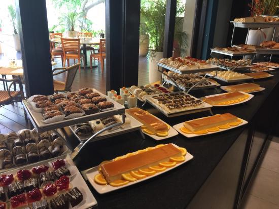 Astounding Ok Breakfast Buffet Review Of Laguna Restaurant Palm Download Free Architecture Designs Viewormadebymaigaardcom
