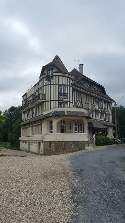 Hostellerie Saint Pierre : 20160604_160733_large.jpg