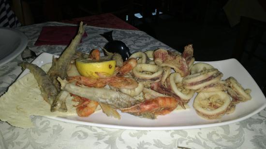 Pasta fresca con mazzancolle, carciofi e bottarga - Foto di La ...