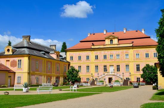 Dvur Kralove nad Labem, République tchèque : Statni Zamek Krasny Dvur