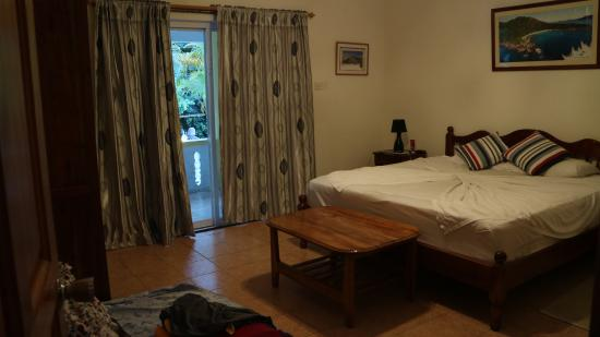 Aquario: A big sleeping room that has 2 wardrobes, mirror (small)