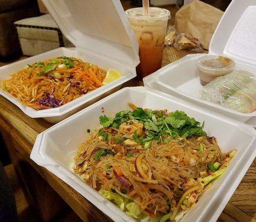 Bangkok West Cuisine: Takeout — Phad Thai, Jelly Noodle Salad (Yum Woo Sen) and salad rolls