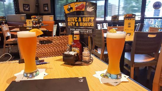 Buffalo wild wings grill bar hagerstown restaurant reviews phone number photos tripadvisor - Buffalo american bar and grill ...