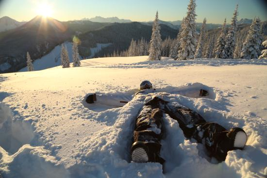 Manning Park, Καναδάς: Incredible views of the Hozameen Mountains while skiing or snowboarding