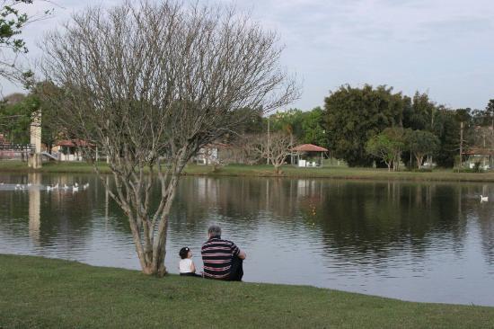 Delstaten Parana: Parque Lacustre