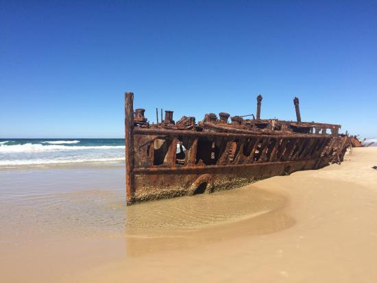 Fraser Island Premium Tour