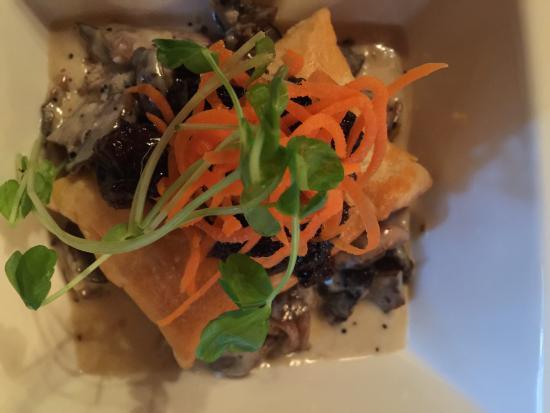 Tekarra Restaurant: Duck and Mushroom Tart