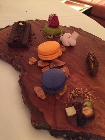 Rosewood Mansion on Turtle Creek: a dessert from room service