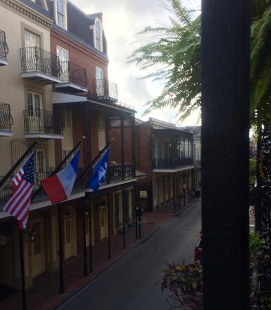 Olivier House Hotel: View from Balcony down Toulouse