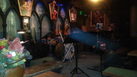 Szczawnica, بولندا: Scena w Muzycznej Owczarni