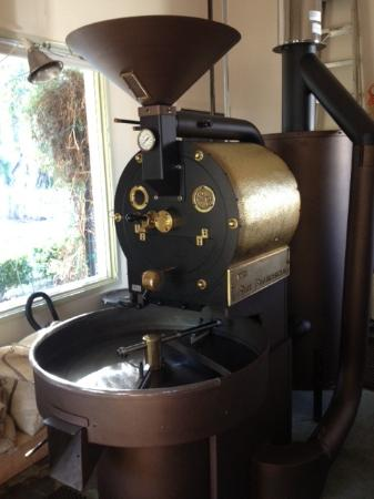 Gold Country Roasters: Roxy the Roaster