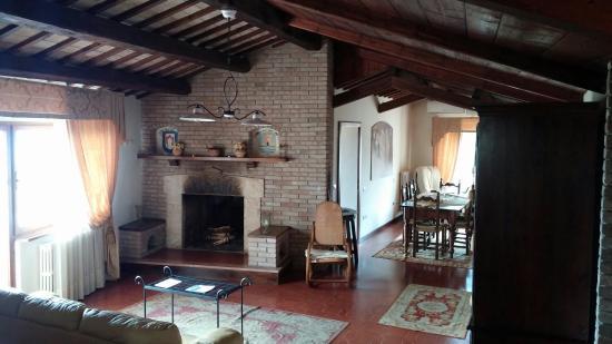 San Crispino Historical Mansion: CAM00060_large.jpg