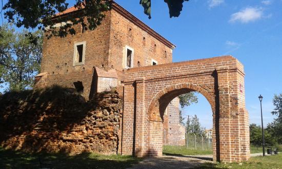 Golancz Castle